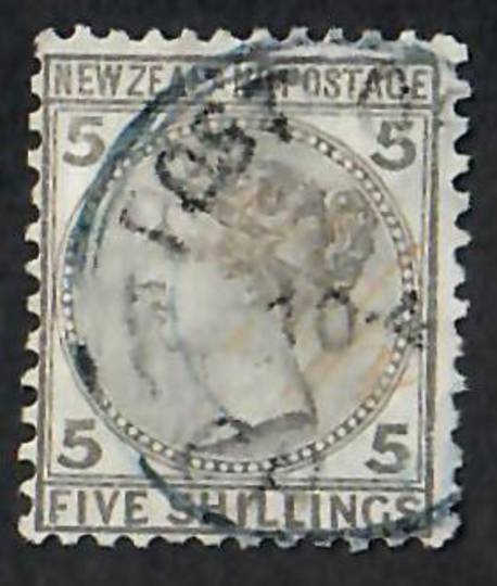 NEW ZEALAND 1874 Victoria 1st First Sideface 5/- Grey. A tidy copy. - 10026 - FU