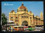 AUSTRALIA Modern Coloured Postcard of the front of Flinders Street Railway Station. - 444820 - Postcard